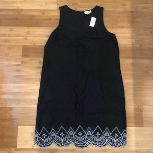 Size 6 black LOFT shift dress